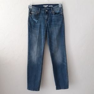 Levi's Denizen Size 2 Women's Distressed Jeans